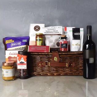 Kosher Wine & Treats Basket Vermont