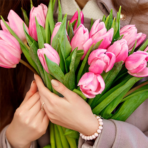 Our Flower Gift Ideas for Bosses & Co-Workers